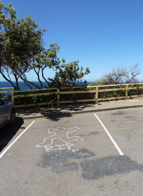 Parking area overlooking the ocean and Cabbage Tree  Bay Marine Reserve at Manly