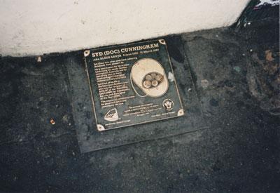 Syd (Doc) Cunningham plaque, King Street, Newtown (Sydney), 1999.