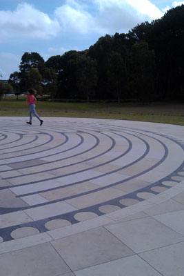 Centennial Park labyrinth (Sydney), November 2014 (photo: meganix)